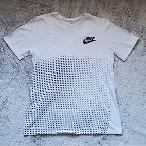 White and Black Nike tee